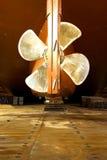 Schip in droogdok Stock Afbeelding