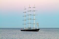 Schip in het overzees Royalty-vrije Stock Foto's