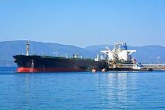 Schip met lading op het Kanaal van Kiel, Duitsland royalty-vrije stock foto's