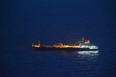 Schip op het overzees stock foto