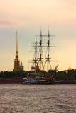 Schip in Sankt Petersurg Royalty-vrije Stock Afbeeldingen