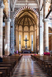 Schip van chiesa Di Sant Anastasia in de stad van Verona Stock Foto