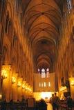 Schip van Notre Dame Cathedral in Parijs royalty-vrije stock foto's