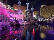 Schip in verontruste wateren Royalty-vrije Stock Foto's