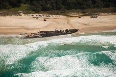 Schipbreuk op Fraser-eiland stock foto