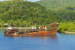 Schipbreuk in Roatan, Honduras royalty-vrije stock foto