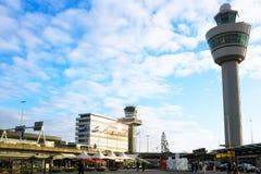 Schiphol flygplats nära Amsterdam i Nederländerna Fotografering för Bildbyråer