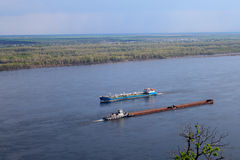 Schipvlotters op de rivier royalty-vrije stock foto's