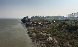 Schipwrak - langs Yangtze-Rivier stock afbeelding