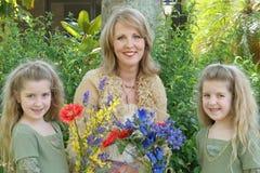 Schitterend grootmoeder en kind Royalty-vrije Stock Afbeeldingen