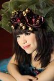 Schitterend meisje met headwear Stock Foto