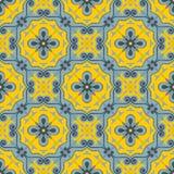 Schitterend naadloos lapwerkpatroon van blauwe en gele Marokkaanse tegels, ornamenten royalty-vrije illustratie