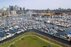 Schitterend Panorama van Jachthaven en Brug Royalty-vrije Stock Foto