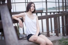 Schitterende jonge vrouw photoshoot Royalty-vrije Stock Foto