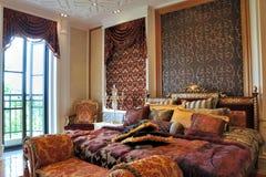Schitterende slaapkamer met verlichting Stock Foto