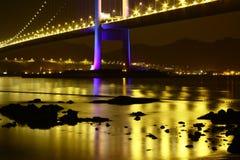 Schitterende Tsing Ma Bridge-nachtscène Hong Kong Royalty-vrije Stock Afbeelding