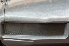 Schittert de B-Film sc.i-FI stijl futuristische auto met strook seventie stock afbeeldingen