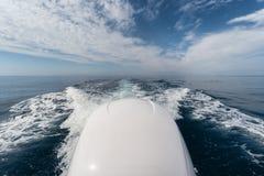 Schiuma di risveglio della barca Fotografia Stock Libera da Diritti