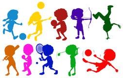 Schizzi colorati dei bambini che giocano con gli sport differenti illustrazione vettoriale