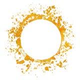 Schizzi le pitture rotonde degli ambiti di provenienza della struttura dell'oro messe con spruzzata dorata su bianco royalty illustrazione gratis