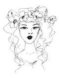 Schizzo di una donna con i fiori in suoi capelli Immagini Stock Libere da Diritti