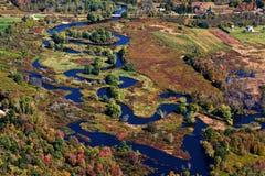 Schlängelnder Fluss, Vogelperspektive Lizenzfreies Stockfoto