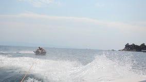 Schläuche auf einem Meer stock video footage