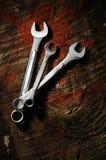 Schlüssel über Holz Stockfotos