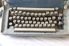 Schlüssel einer alte Schreibmaschine stockfotos