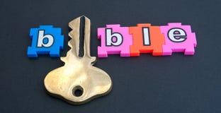 Schlüssel zur Bibel Lizenzfreies Stockfoto