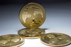 Schlüsselwährung - virtuelle Goldmünzekräuselung Lizenzfreie Stockfotografie