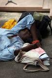 Schlaf in der Armut Stockfoto