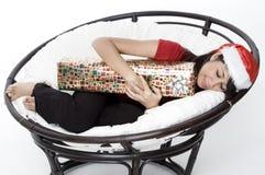 Schlafend mit Geschenk 2 Lizenzfreies Stockbild