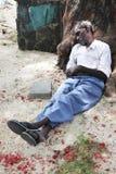 Schlafender Obdachloser in Mauritius lizenzfreie stockbilder