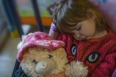 Schlafendes Baby mit dem blonden Haar Stockfoto