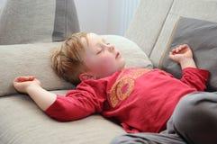 Schlafendes Kind lizenzfreie stockbilder