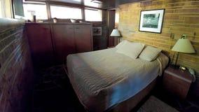 Schlafzimmer bei Seth Peterson Cottage im Mirror See-Nationalpark lizenzfreies stockfoto