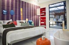 Schlafzimmer der niederländischen Innenarchitekturzeitschrift Lizenzfreie Stockbilder