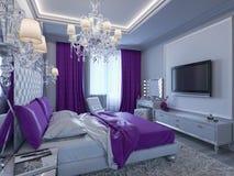 Schlafzimmer der Wiedergabe 3d in den grauen und weißen Tönen mit purpurroten Akzenten Lizenzfreie Stockfotos