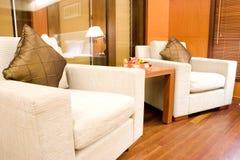 Schlafzimmer-Sofas lizenzfreie stockfotografie