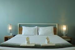 Schlafzimmerinnenraum des modernen Designs Lizenzfreie Stockfotos