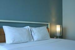 Schlafzimmerinnenraum des modernen Designs Lizenzfreie Stockbilder