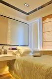 Schlafzimmerverzierungen und -dekoration Lizenzfreie Stockfotos