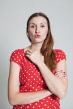 Schlagkuß der attraktiven Frau Lizenzfreie Stockfotos