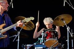 Schlagzeuger des Fernsehens (legendärer Rockband) führt an Ton-Festival 2014 Heinekens Primavera durch Stockfotografie