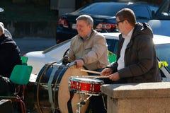 Schlagzeuger im Park Einheits-Tag Pyatigorsk, Russland Stockfotos