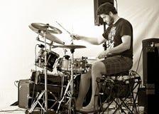 Schlagzeuger-Troy Howard-Spiele kultivieren Lebensmittel-Festival - tragen Sie Hoffnung Ontario stockbild
