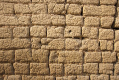 Schlamm-Backsteinmauer Stockbilder