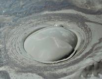 Schlamm-Luftblasen Stockfoto