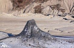 Schlammiger Vulkan